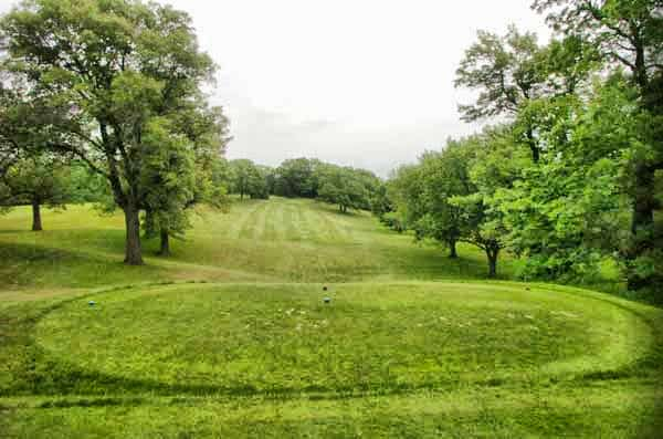 Kenyon Country Club Hole 1